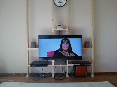 DSC 0136 400x300 大型液晶テレビを壁掛けにDIY アイテムはWAKAI ディアウォール その1