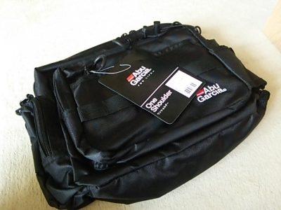 DSC 0069 400x300 Abu Garcia(アブ・ガルシア)ワンショルダーバッグ2 バス釣り用に買いました