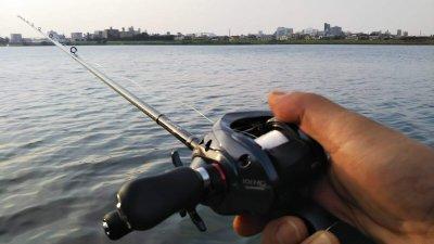 DSC 0030 400x225 【多摩川 バス釣り】久し振りにカシータスでヘビダンやってみた|釣行記2019 7月 P.27