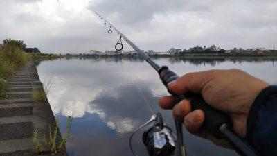 DSC 0040 400x225 【多摩川 バス釣り】朝まずめにタモが折れた こんな日は釣れる気しない