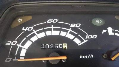 DSC 0073 400x225 スペイシー100(2005年モデル) 2019年の走行距離90,250km