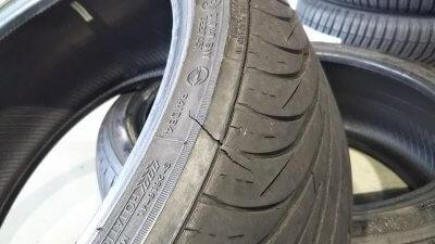 DSC 0224 400x225 新品タイヤ2本交換(フロント) アコードワゴンCH9 2020 交換時には足回りの清掃は必須