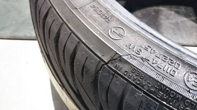 DSC 0225 400x225 新品タイヤ2本交換(フロント) アコードワゴンCH9 2020 交換時には足回りの清掃は必須
