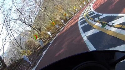 1117 13 400x225 奥多摩 紅葉ツーリング スクーター(NMAX125)で奥多摩周遊道路を走ってきました