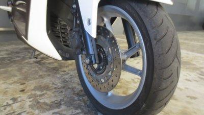 IMG 1026 400x225 NMAX125純正タイヤ ダンロップ スクートスマート(DUNLOP SCOOTSMART ) の使い切った状態は