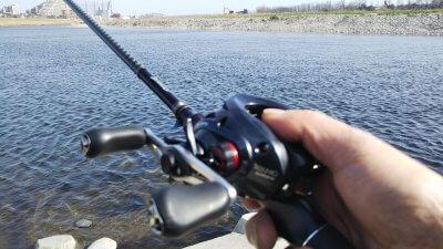 DSC 0314 400x225 【多摩川 バス釣り】ベイトフィネスでテキサスリグやったらまさかの大物|釣行記2021 3月 P.03